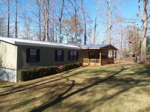 ABSOLUTE AUCTION -Waterfront Home On Lake Blackshear Completely Renovated and Updated | 189 Mill Branch Road Warwick, GA