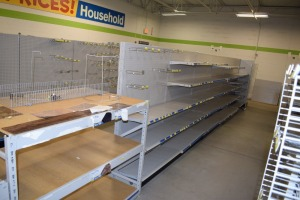 GONDOLA SHELVING 48'' X 74'' DOUBLE SIDED (6 SECTIONS)(1) 36''X74'' END CAPS & 60''X36'TABLE 16'' shelf