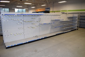 GONDOLA SHELVING 48'' X 74'' DOUBLE SIDED (6 SECTIONS)(1)48''X74'' END CAP 20''WIDE SHELVES