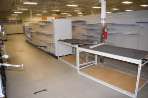 GONDOLA SHELVING 48'' X 74'' DOUBLE SIDED (6 SECTIONS) W/(1) 36''X74'' END CAPS,& 2 TABLE 36'X60''