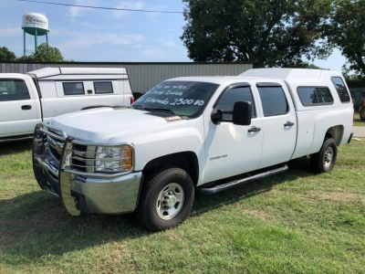 2010 CHEVROLET SILVERADO CREW CAB 2500, 6.0L GAS ENGINE, 246,800 MILES 6.0 L, VIN: IGC4CVBG8AF138089 ***MINOR TRANSMISSION ISSUE***