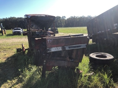 International Harvester 1086, Parts Tractor