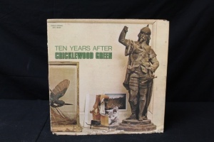 11 Vintage LP's Featuring Artist: Ten Year After, Robin Trower, The Troggs, John Travolta & Olivia Newton, Tycoon, Martha Reeves & The Vandellas, Frankie Valli, Randy Vanwarmer