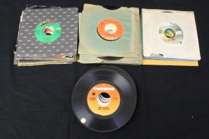 517 Vintage 45's Of Singles From 1975 - 1980