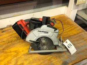Black + Decker Skill Saw