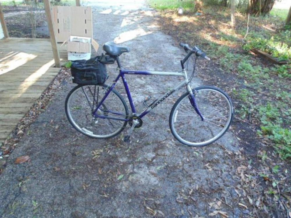 Bicycle Cannondale H300 Purple Gray 24 10 Speed Cruiser W
