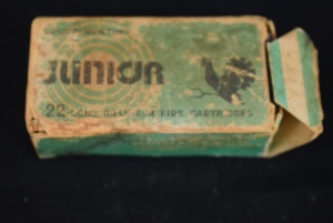 Vintage Junior 22 LR  Box with 50 22 LR on Palstic Tray