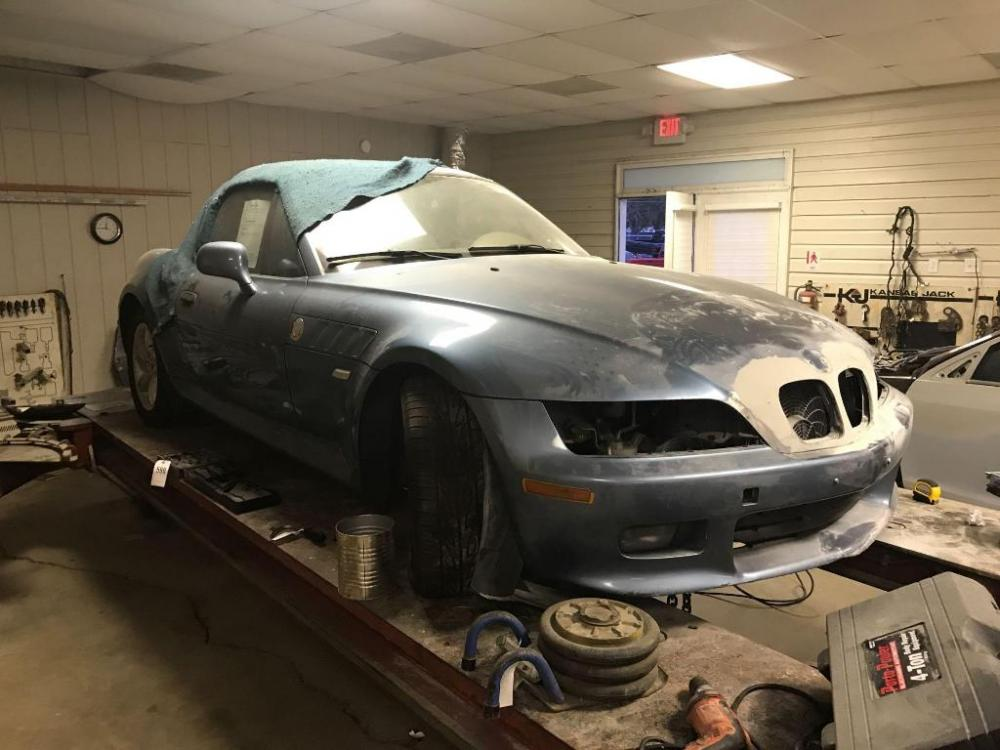 2001 Bmw Z3 2 Door Roadster Salvage Title And Needs Body Work