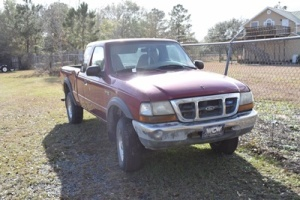 1999 Ford Ranger XL, Runs & Drives, VIN # 1FTZR15V6XPA56050, Miles: 180,340
